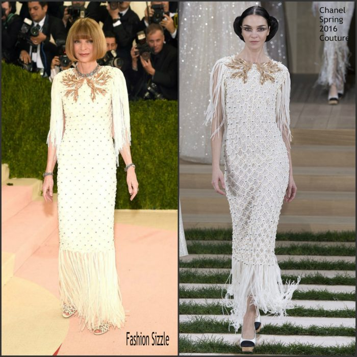 Vogue's Editor-in-Chief  Anna Wintour  posed for pictures on the redcarpet Bee Shaffer at the  2016 MET Gala has kicked off and this year's theme Manus X Machina-Fashion in an Age of Technology.