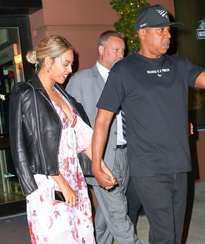 beyonce-in-saint-laurent-and-gambia-at-dinner-with-jayz-out-in-new-york