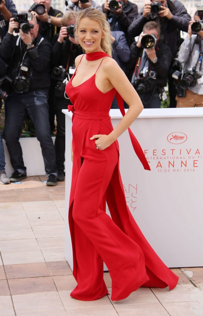 blake-lively-cafe-society-photo-call-2016-cannes-film-festival-22