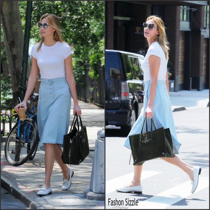 Karlie Kloss was spotted leaving her apartment in New York on May 23, 2016.