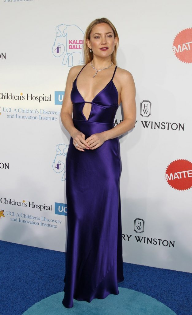 kate-hudson-hot-in-slinky-purple-gown-kaleidoscope-ball-at-3labs-in-culver-city-5-21-2016-1