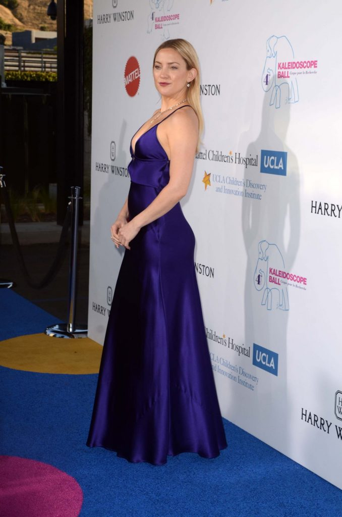kate-hudson-hot-in-slinky-purple-gown-kaleidoscope-ball-at-3labs-in-culver-city-5-21-2016-2