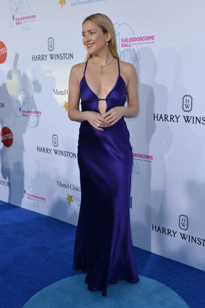 kate-hudson-hot-in-slinky-purple-gown-kaleidoscope-ball-at-3labs-in-culver-city-5-21-2016-9