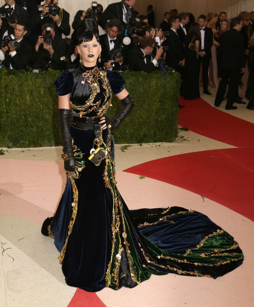 katy-perry-met-costume-institute-gala-2016-in-new-york-15