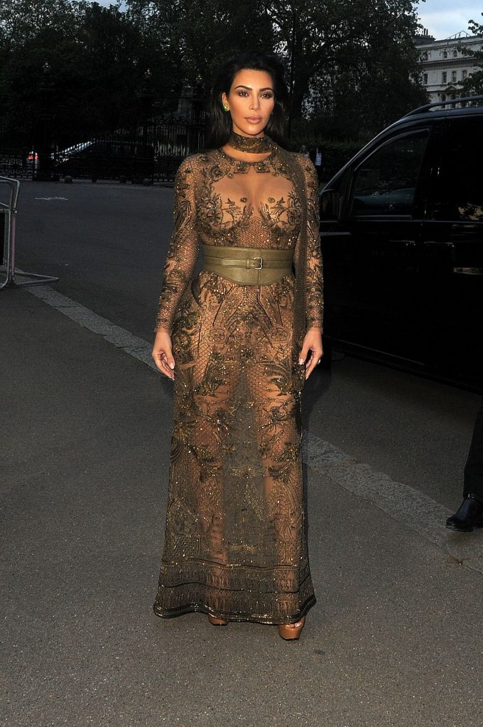 kim-kardashian-vogue-100th-anniversary-gala-dinner-in-london-5-23-2016-10
