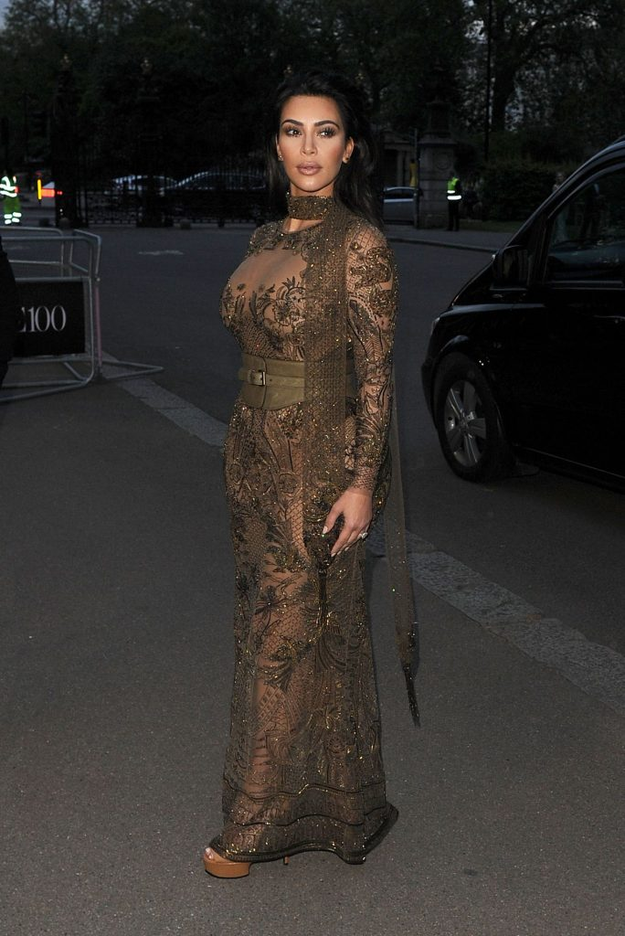kim-kardashian-vogue-100th-anniversary-gala-dinner-in-london-5-23-2016-16