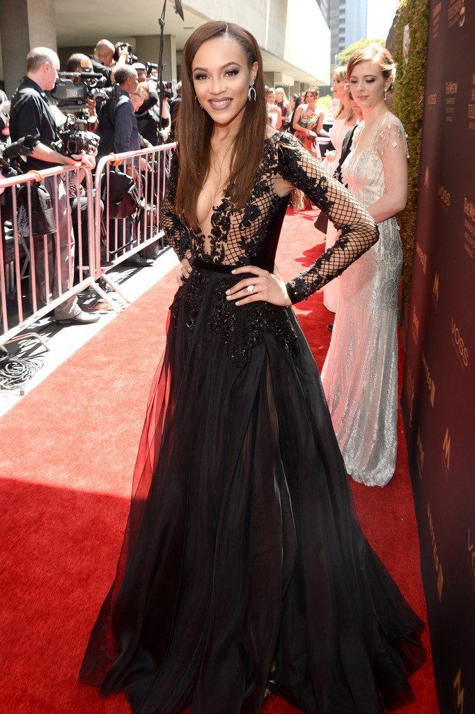 reign-edwards-2016-Daytime-Emmy-Awards-Red-Carpet-ltrteFxSmchx