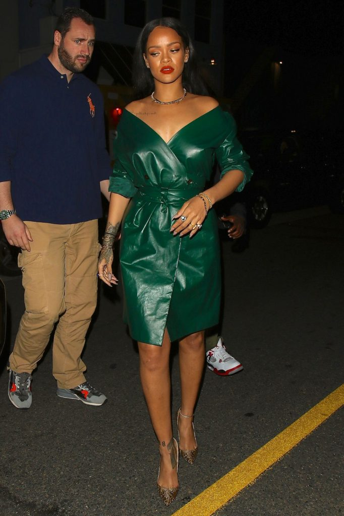 rihanna-night-out-style-leaving-dinner-at-giorgio-baldi-in-santa-monica-5-8-2016-5