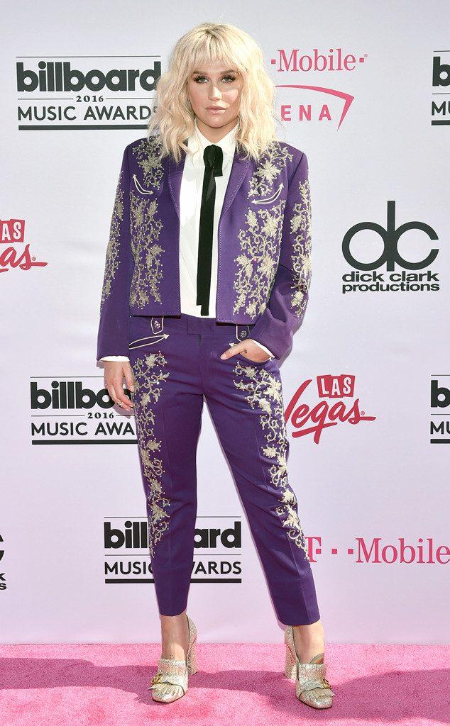 Kesha-Billboard-Music-Awards