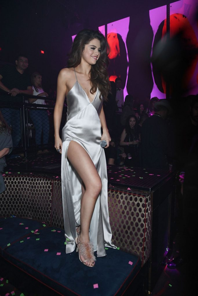 selena-gomez-revial-tour-after-party-las-vegas-nv-5-6-2016-5