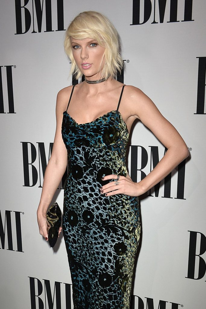 taylor-swift-2016-bmi-pop-awards-beverly-hills-1
