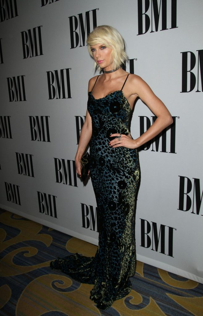 taylor-swift-2016-bmi-pop-awards-beverly-hills-13