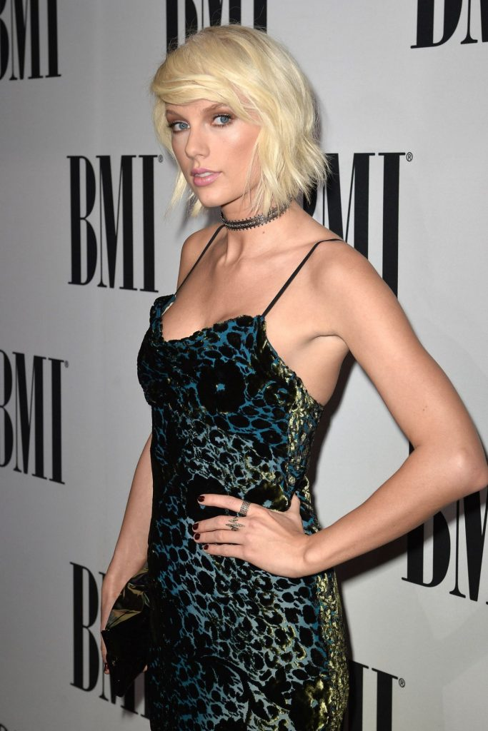 taylor-swift-2016-bmi-pop-awards-beverly-hills-2