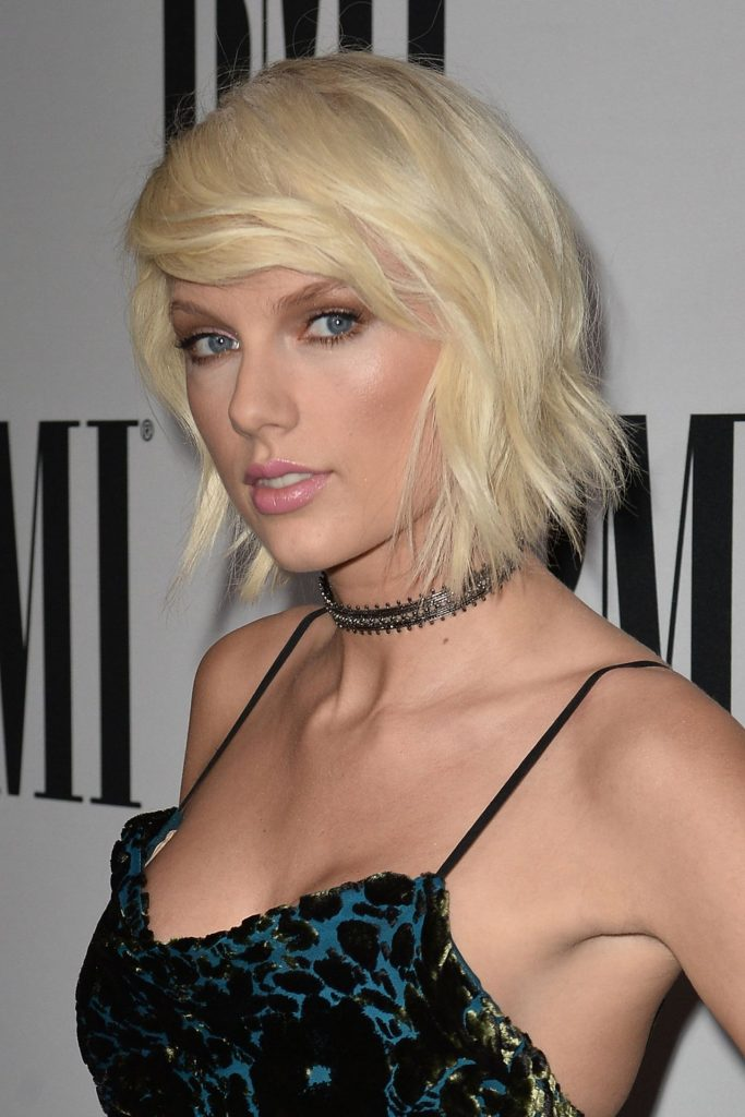 taylor-swift-2016-bmi-pop-awards-beverly-hills-6