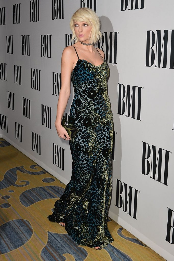 taylor-swift-2016-bmi-pop-awards-beverly-hills-8