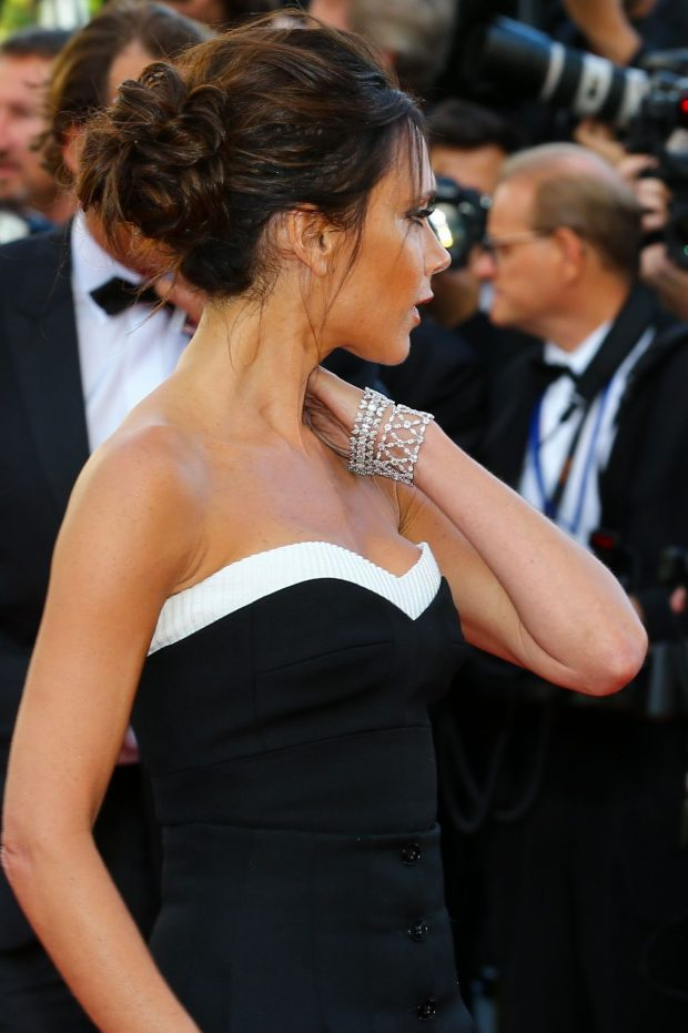 victoria-beckham-at-cafe-society-premiere-and-69th-cannes-film-festival-opening-07-620x931