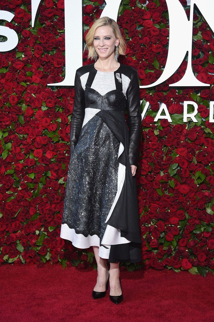 cate-blanchet-in-louis-vuitton-at-the-70th-annual-tony-awards