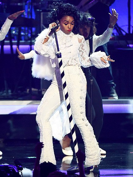 janelle-monae-in-sergio-hudson-at-the-2016-bet-awards