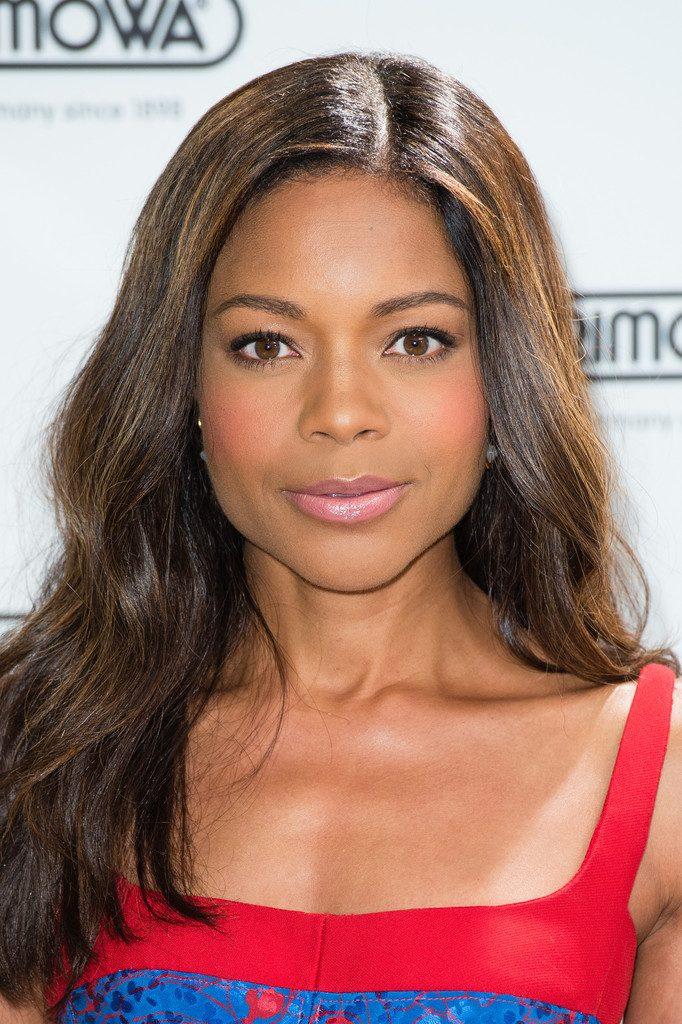 naomie-harris-in-j-mendel-at-rimowa-store-opening