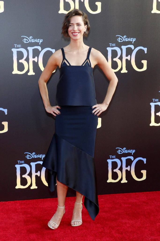 Rebecca-Hall-The-BFG-Movie-Premiere-Red-Carpet-Fahsion-Dion-Lee-