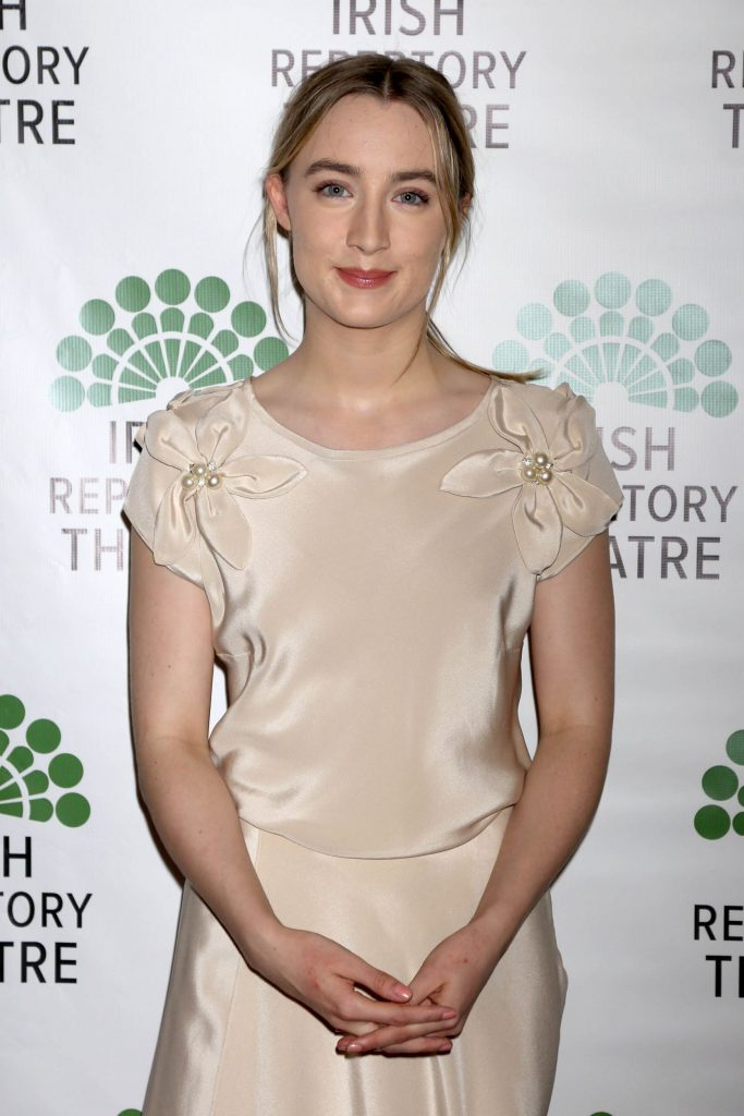 saoirse-ronan-in-helen-cody-at-the-finians-rainbow-in-concert-gala-benefit
