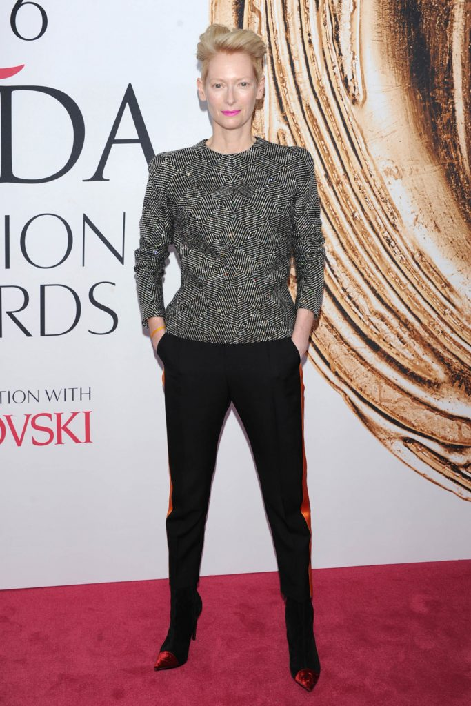 Tilda-Swinton-CFDA-Fashion-Awards-2016-Red-Carpet-Fashion-Haider-Ackermann-1