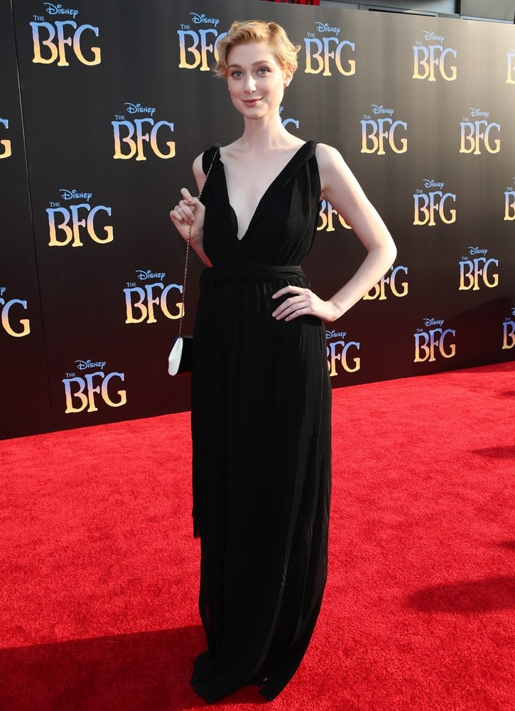 elizabeth-debicki-in-victoria-beckham-at-the-bfg-la-premiere