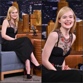 elle-fanning-in-alexander-mcqueen-at-the-tonight-show-starring-jimmy-fallon-1024×1024
