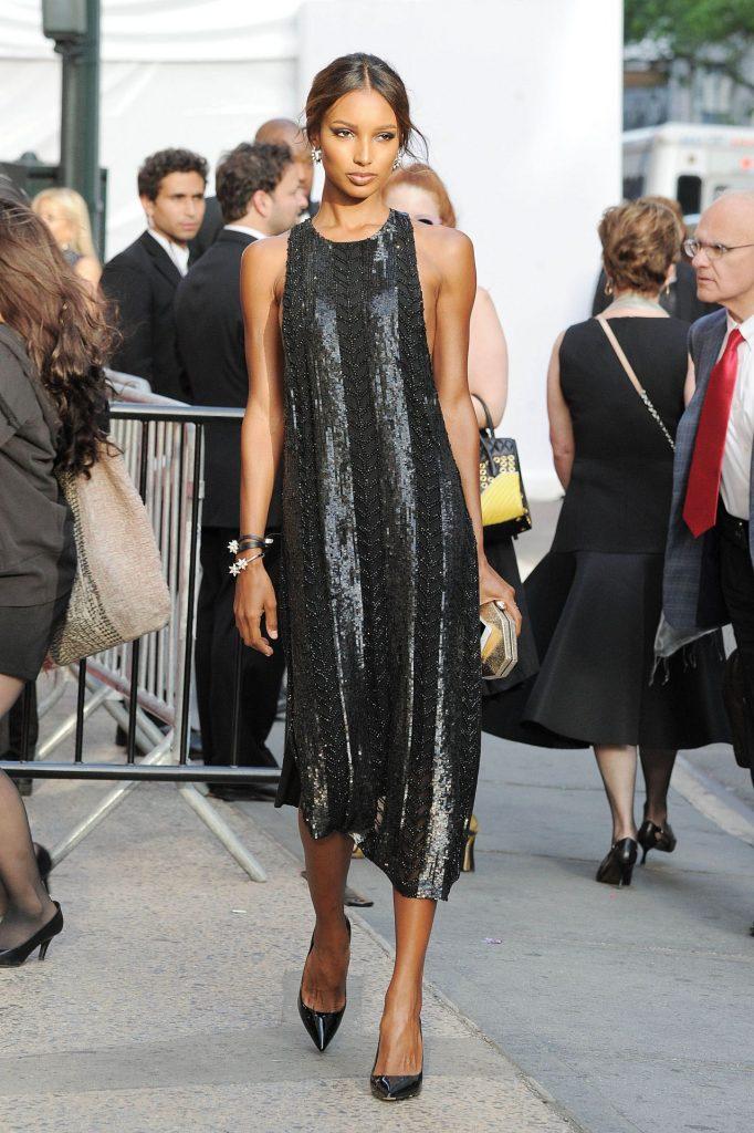 jasmine-tookes-2016-cfda-awards-in-new-york-city-6