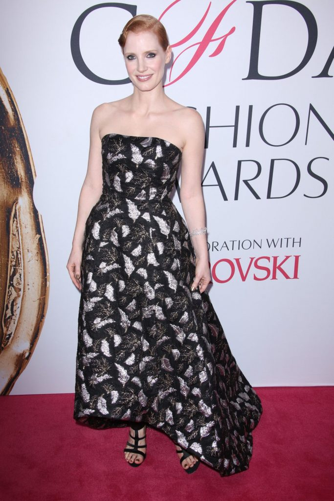 jessica-chastain-cfda-fashion-awards-in-hammerstein-ballroom-new-york-city-6-6-2016-1