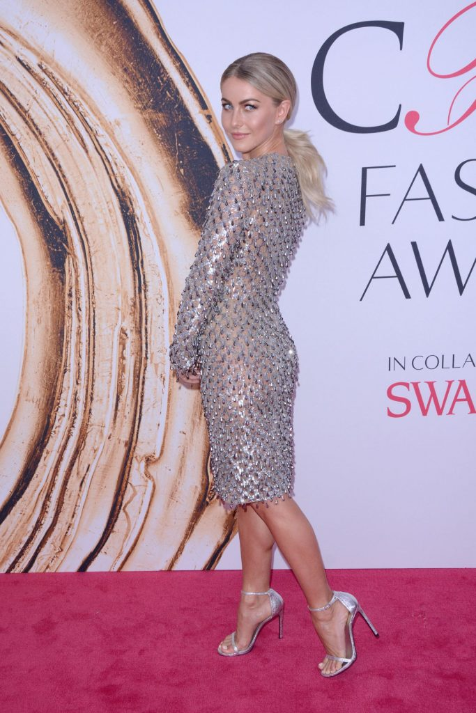 julianne-hough-cfda-fashion-awards-in-new-york-city-6-6-2016-2