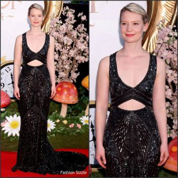 mia-wasikowska-in-roberto-cavalli-couture-at-alice-through-the-looking-glass-tokyo-premiere-1024×1024