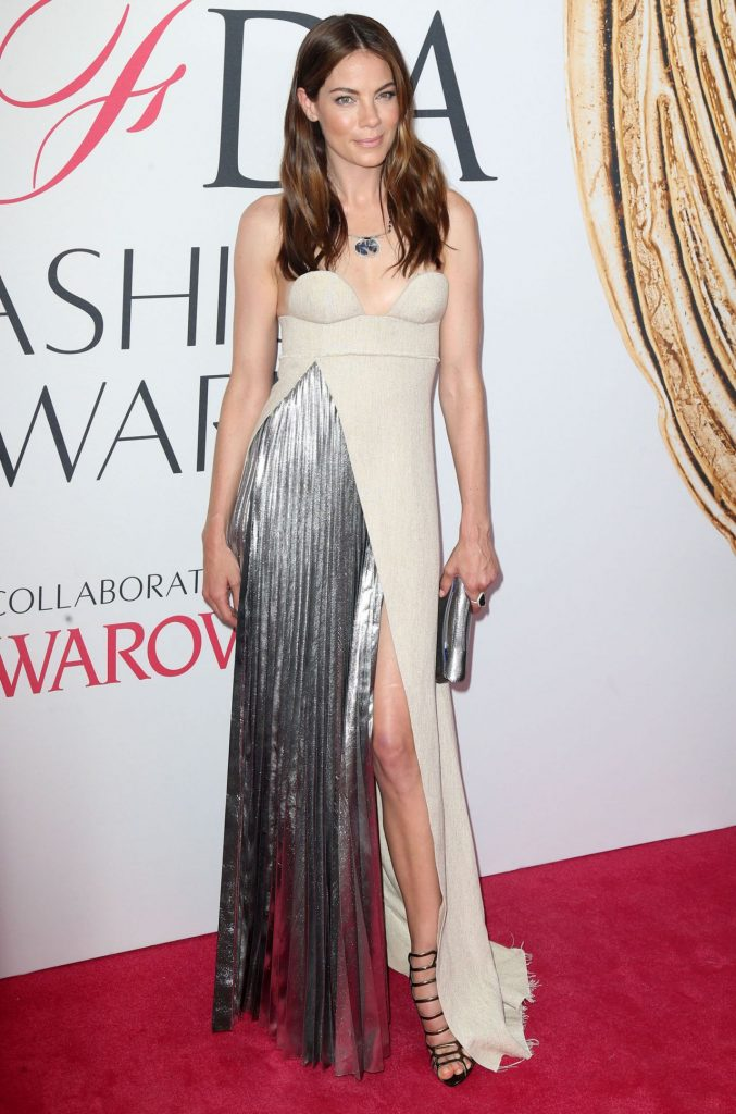 michelle-monaghan-2016-cfda-awards-in-new-york-city-5