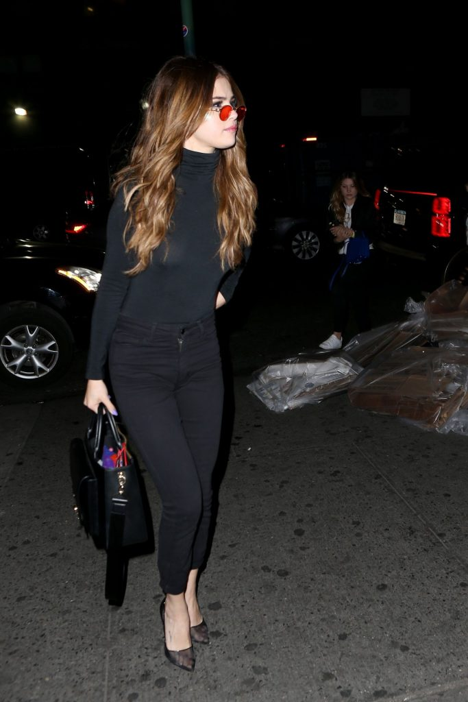 selena-gomez-up-down-night-club-in-nyc-6-1-2016-1