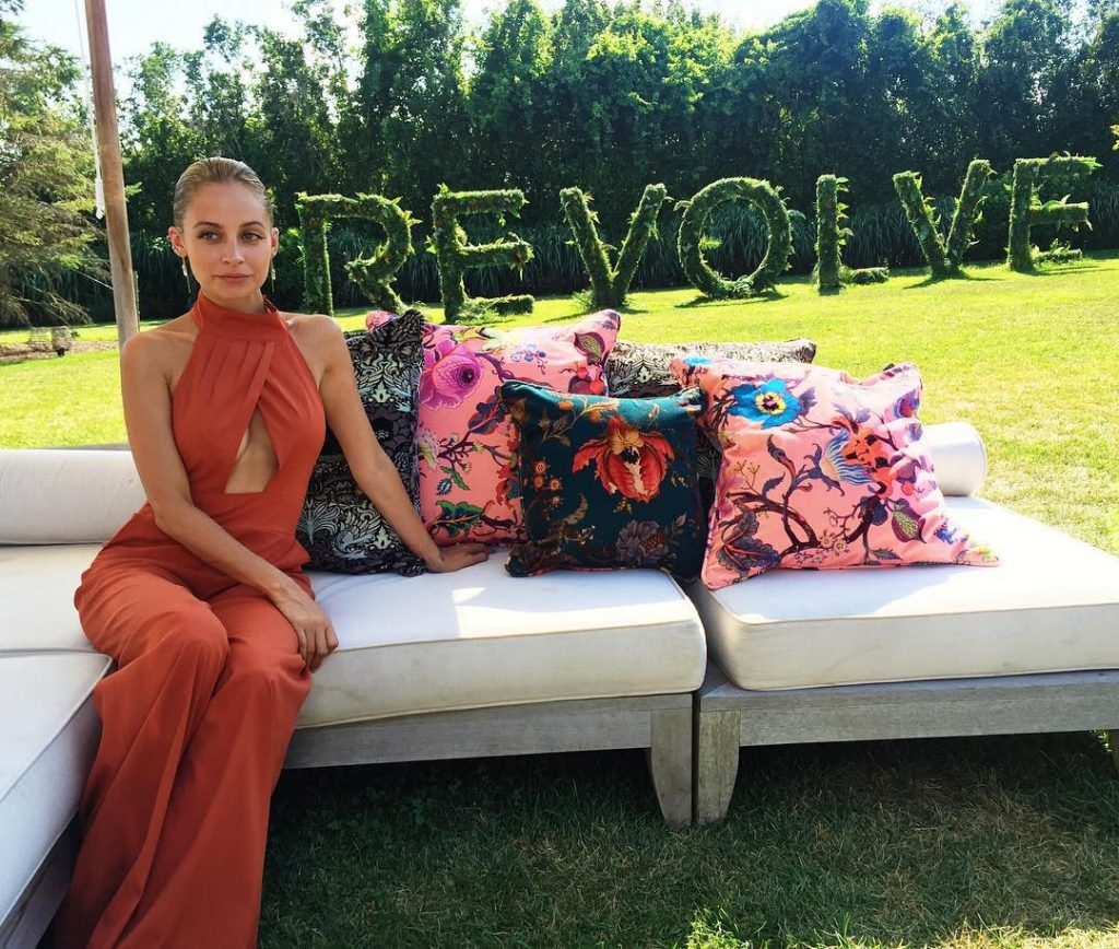 nicole-richie-sports-sultry-look-hosting-house-harlow-1960-revolve-party-hamptons