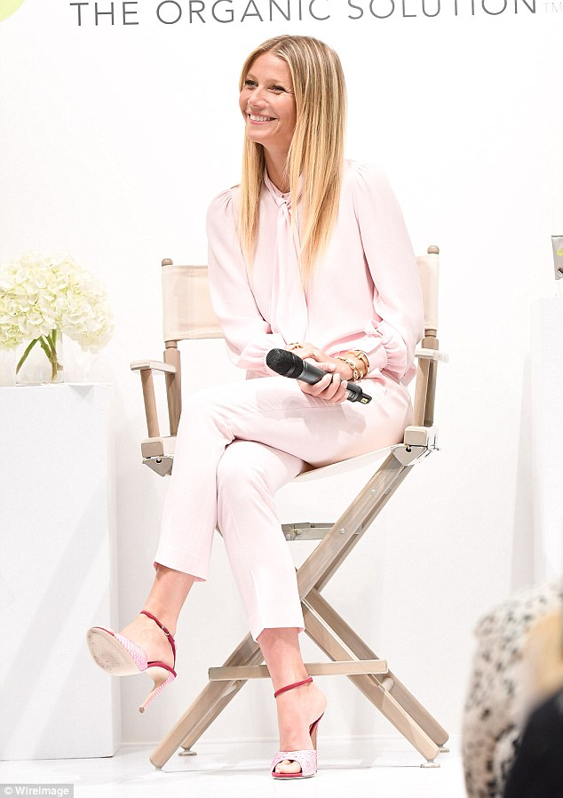 gwyneth-paltrow-in-michael-kors-collection-at-holt-renfrew