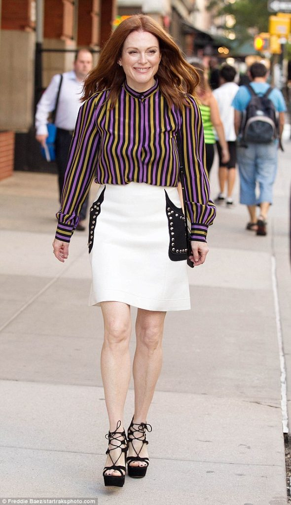 julianne-moore-in-giambattista-valli-heading-to-good-morning-america