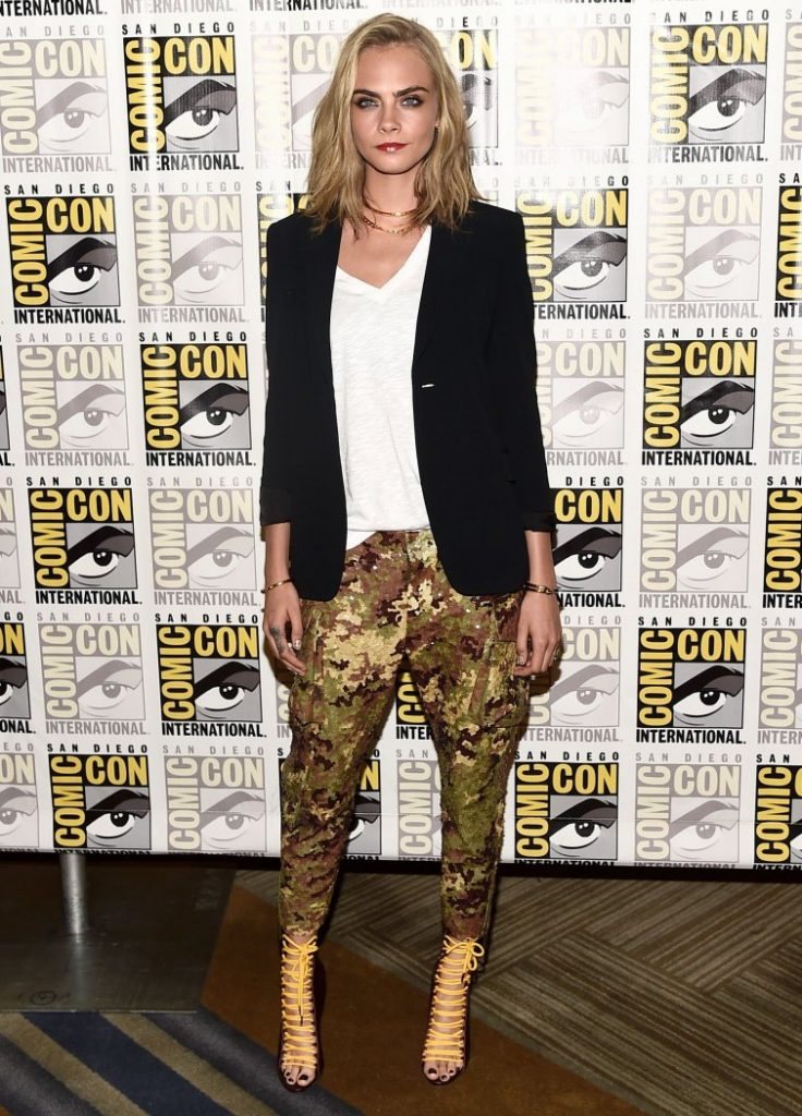 cara-delevingne-in-dsquared2-at-press-line-during-comic-con