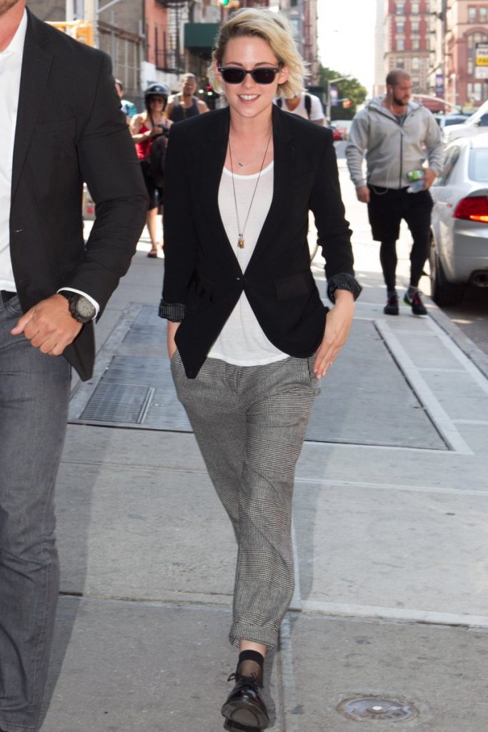 kristen-stewart-in-brunello-cucinelli-promoting-cafe-society-out-in-new-york