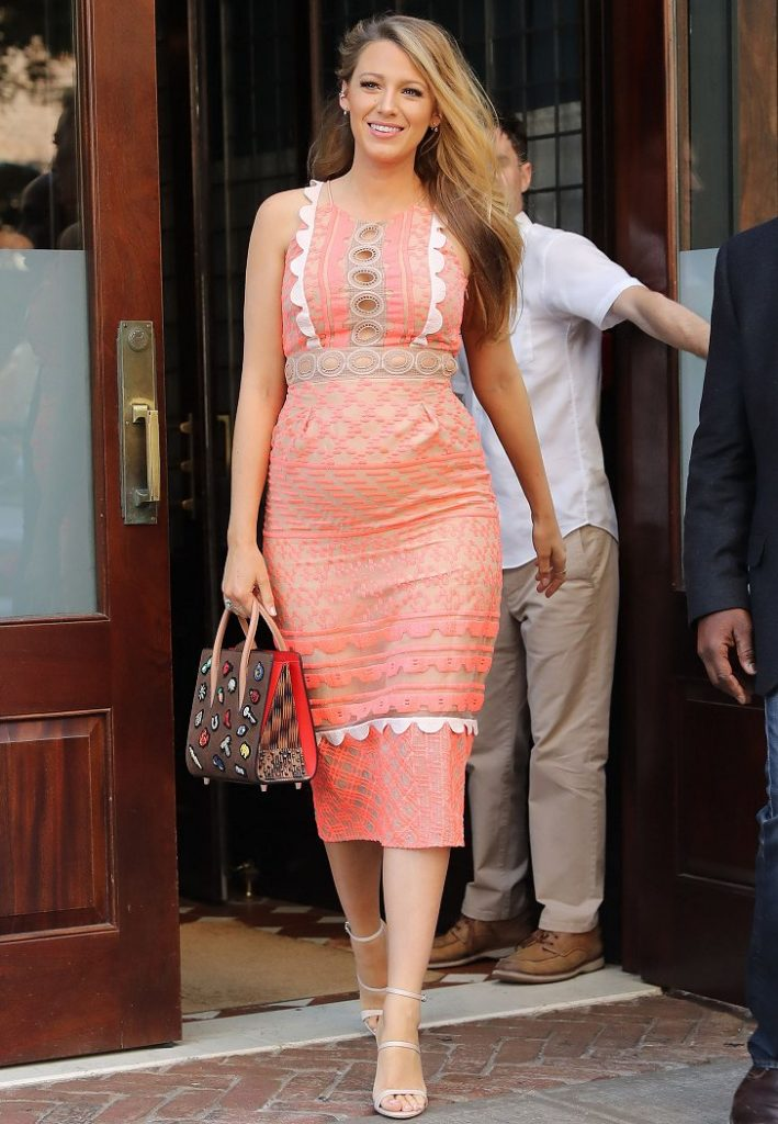 blake-lively-in-jonathan-simkhai-promoting-cafe-society-in-new-york