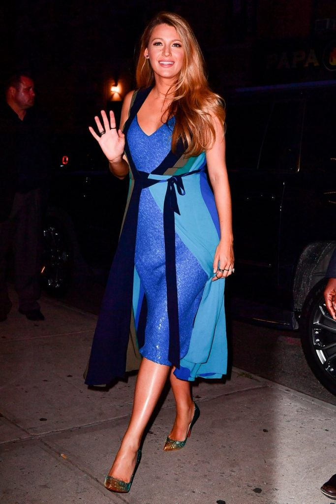 blake-lively-in-diane-von-furstenberg-leaving-the-crosby-hotel