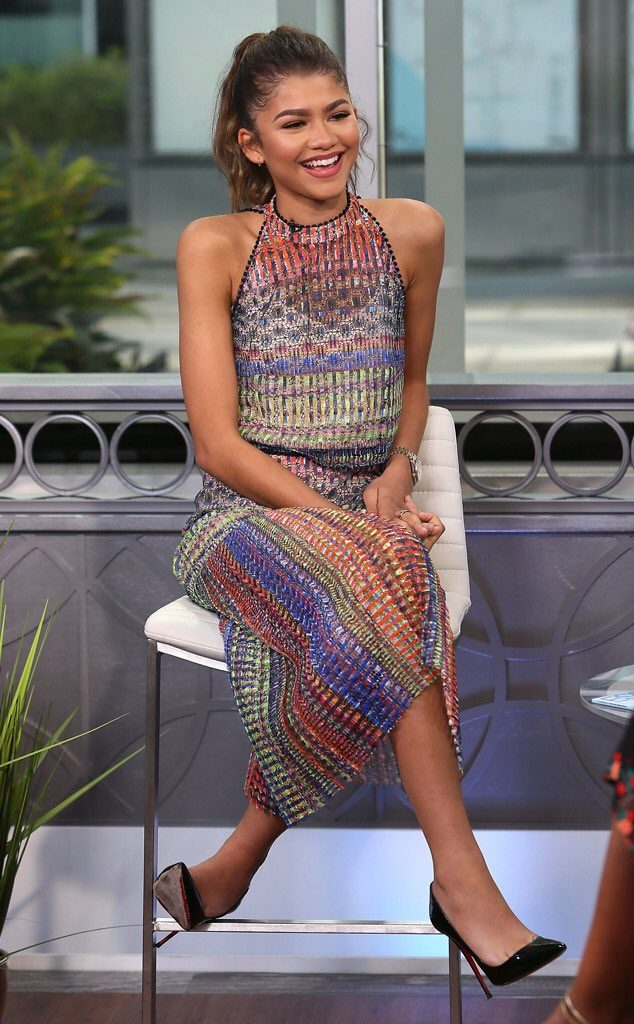 zendaya-in-saloni-on-hollywood-today-live-in-los-angeles