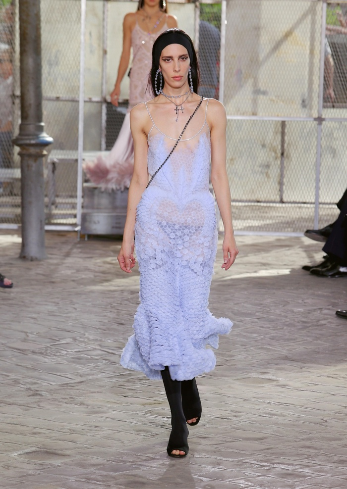 Givenchy-Spring-2016-Mens-Female-Looks02