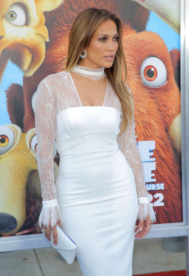 Jennifer-Lopez--Ice-Age-Collision-Course-LA-Premiere--11-662x967