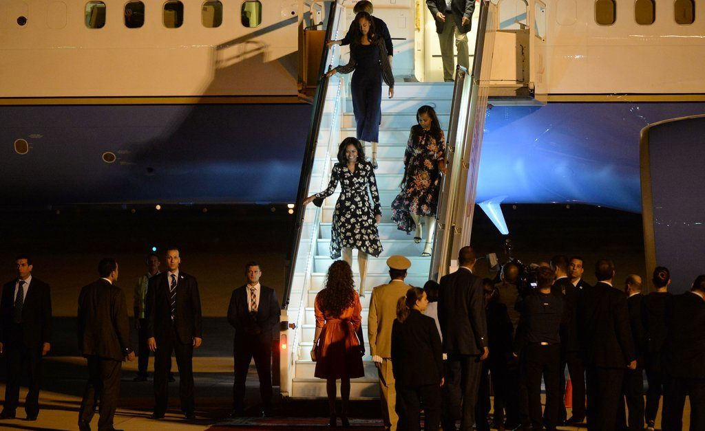 Michelle-Malia-Sasha-Coordinated-Outfits-Landed-Morocco