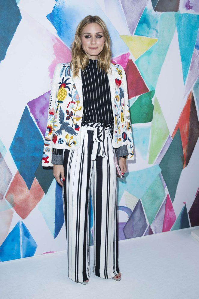 Olivia-Palermo--Schiaparelli-Fashion-Haute-Couture-2017--02-662x993