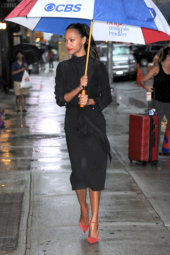 Zoe-Saldana-The-Late-Show-Victoria-Beckham-Black-Crepe-de-Chine-Knot-Blouse-Matching-High-Waisted-Pencil-Skirt-and-Christian-Louboutin-Uptown-Red-Ankle-Strap-Pumps-3