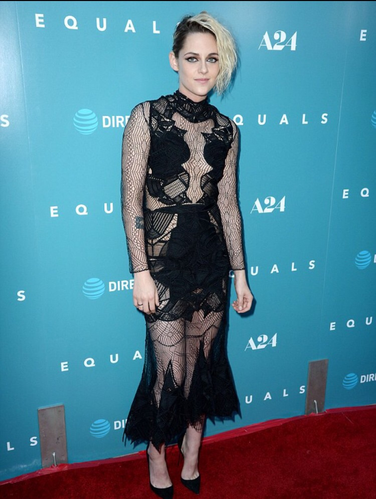kristen-stewart-in-jonathan-simkhai-at-equals-la-premiere