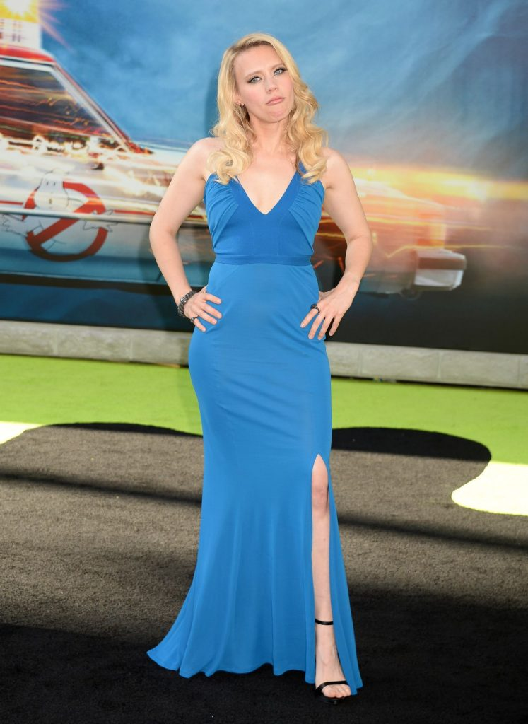 kate-mckinnon-sony-pictures-ghostbusters-premiere-at-tcl-chinese-theatre-in-hollywood-3