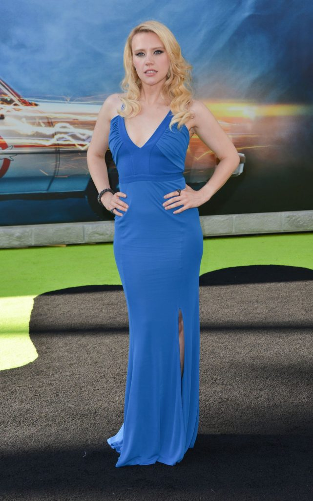 kate-mckinnon-sony-pictures-ghostbusters-premiere-at-tcl-chinese-theatre-in-hollywood-6